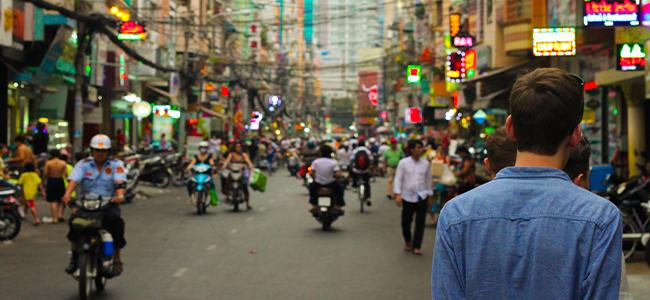Thailand Urlaub Bangkok Verkehr ROller Straßen